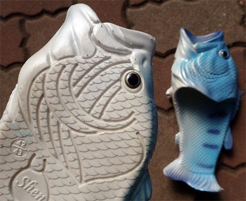 リアル魚サンダル